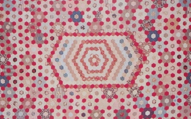 English Paper Piecing hexagon quilt history