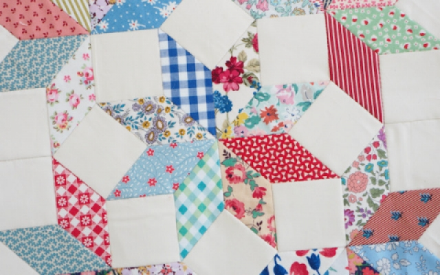 Sewing-Diamonds-for-English-paper-piecing