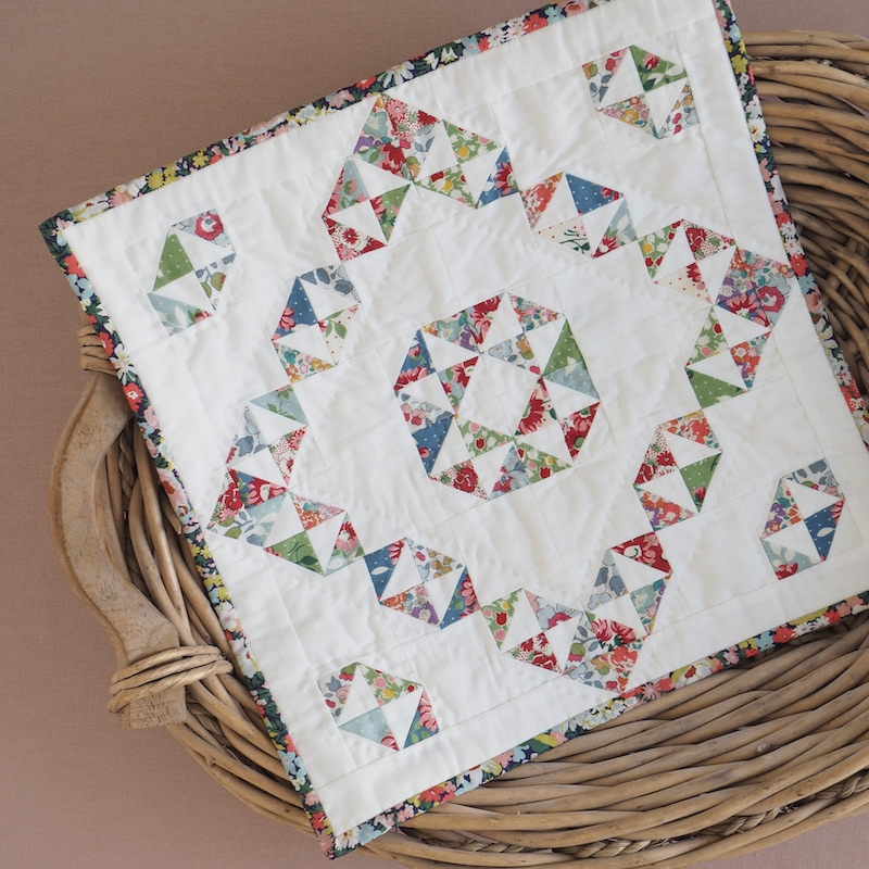 Courtyard Charm Mini Quilt Pattern