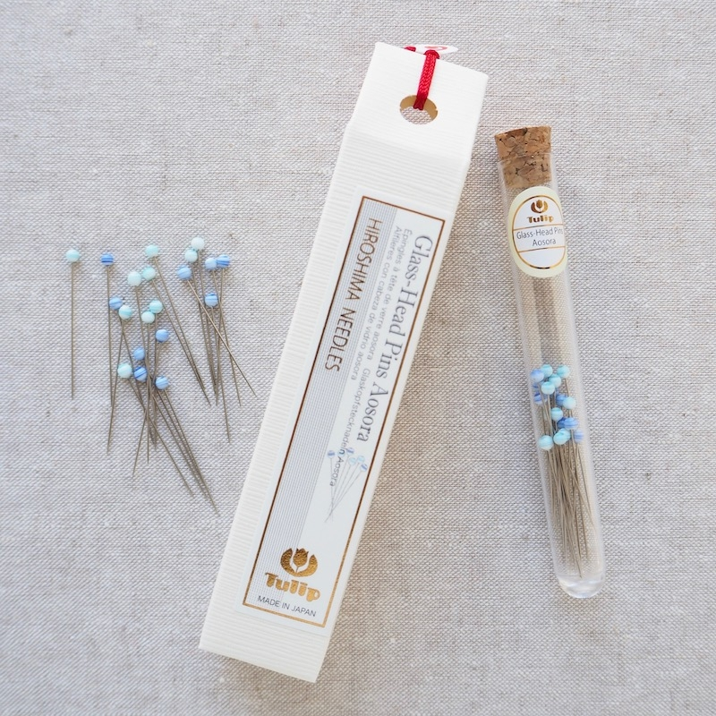 Tulip Hiroshima sewing pins Aosora blue