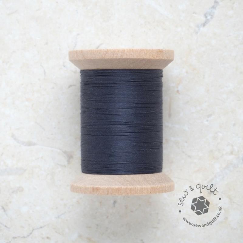 YLI_hand_quilting_thread-dark-blue