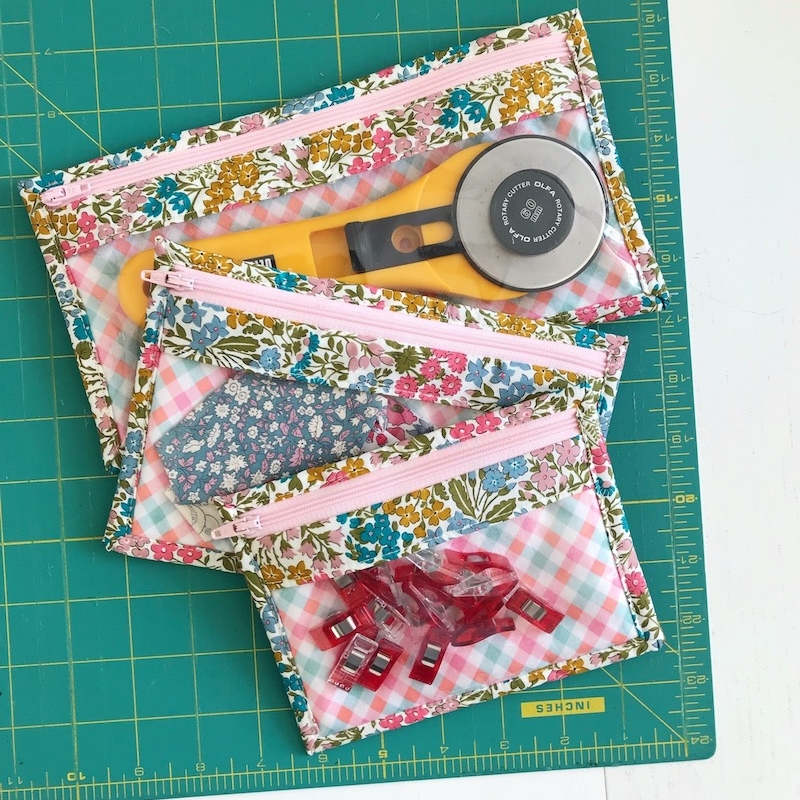 sewing-kit-zipped-purse