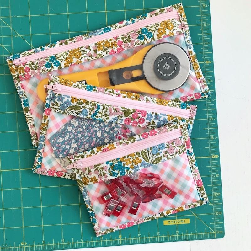 sewing-kit-zipped-purse